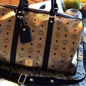 MCM Gold ✨LARGE Weekender Duffel Travel Bag NWOT